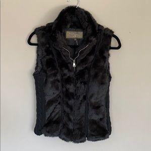 Black faux fur and knit vest